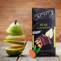 Шоколад Cachet Dark Chocolate Pear & Almonds (100г)