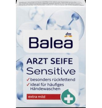 Купить Гипоалергенное медицинское мыло для чувствительной кожи Balea Arzt Seife Sensitive (100г) - с доставкой по Украине